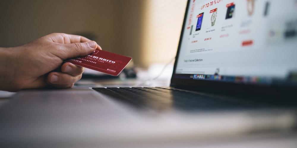 Vendita illegale di farmaci Online: oscurati 10 siti internet dai NAS